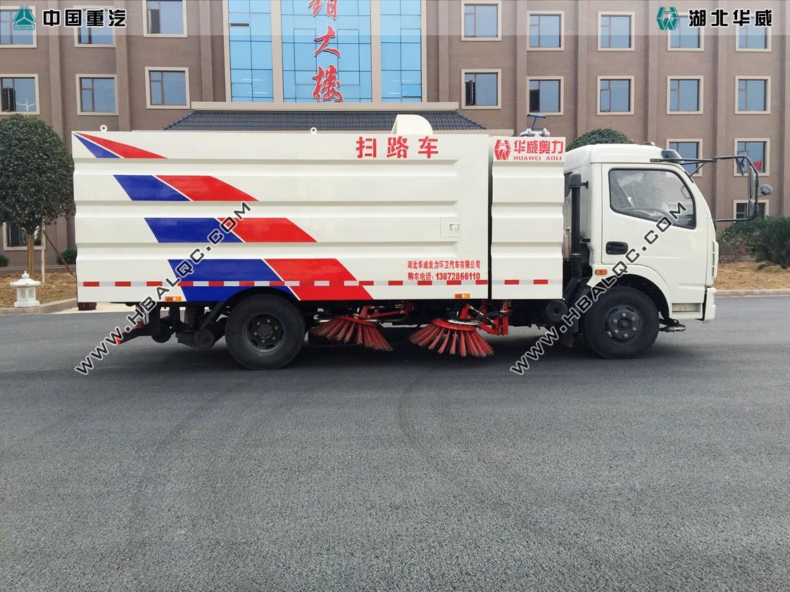 东风多利卡扫路车天然气发动机